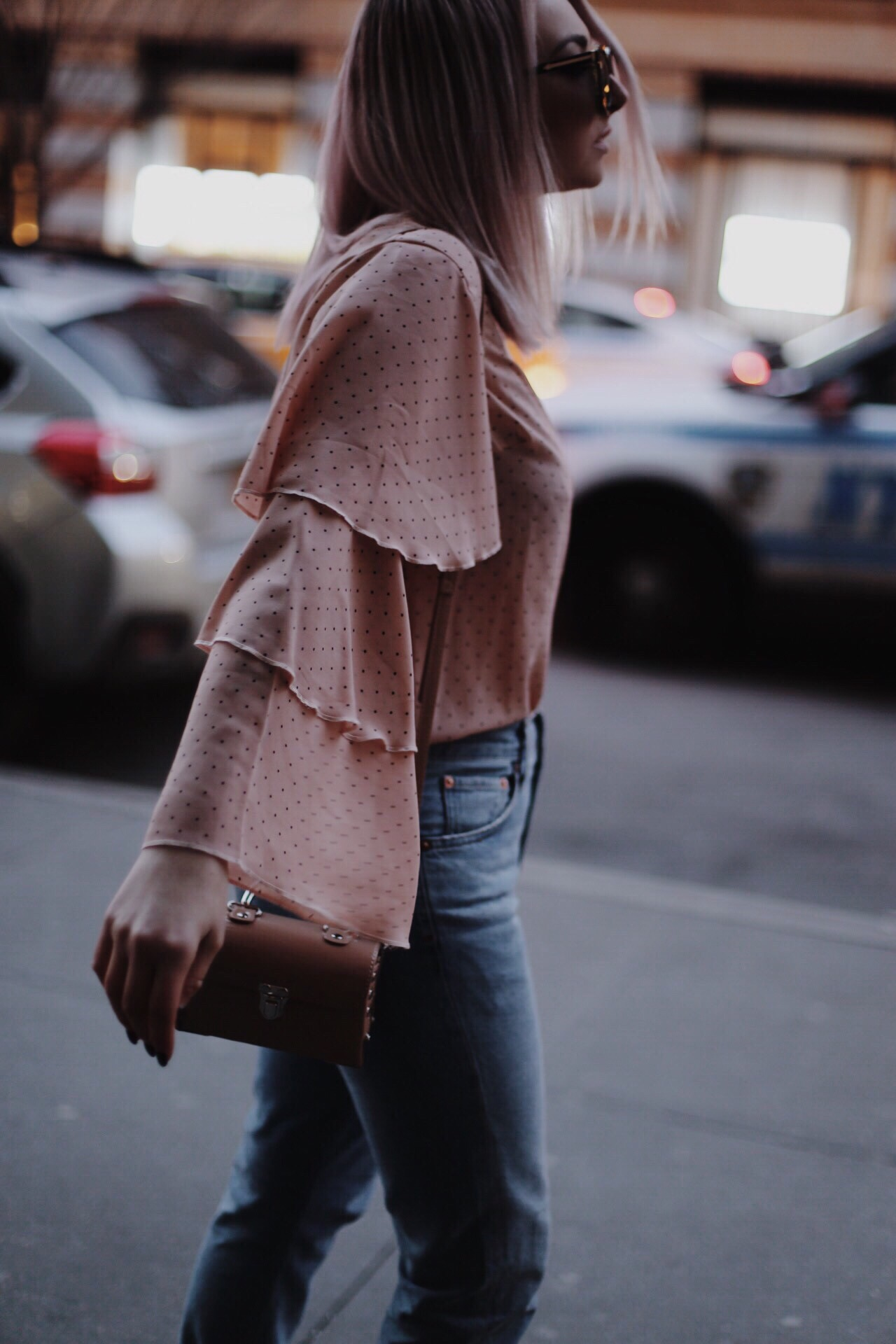THE STATEMENT BLOUSE.